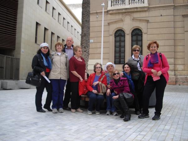 En la plaza de la Catedral de Almería